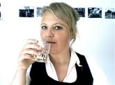 Manon Sikkel glaasje water